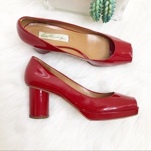 Diana Broussard Red square toe pumps Made in Italy